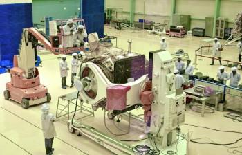 Ấn Độ ra mắt tàu không gian, chuẩn bị thám hiểm Mặt Trăng