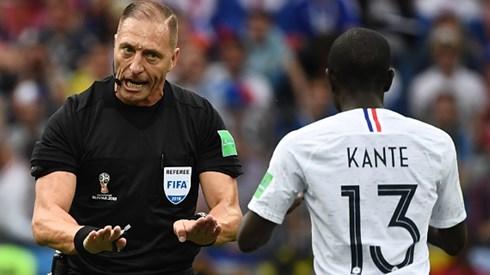 trong tai nestor pitana cam coi tran chung ket world cup 2018