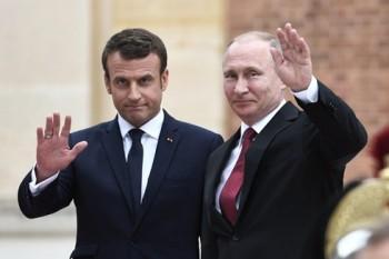 Tổng thống Putin: Đã đến lúc vượt qua khó khăn trong quan hệ với Pháp