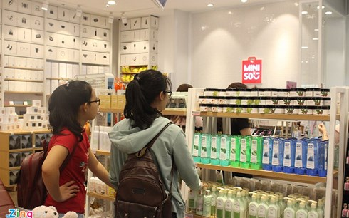 miniso viet nam chinh thuc ve tay nguoi trung quoc