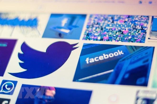 sau facebook den luot twitter bi nguoi dung trung phat