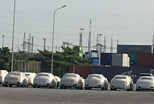 4 siêu xe Rolls-Royce, Ferrari và Porsche bị tạm giữ tại Hải Phòng