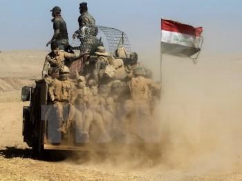 iraq siet chat vong vay quanh mosul hang loat thu linh is tu tran