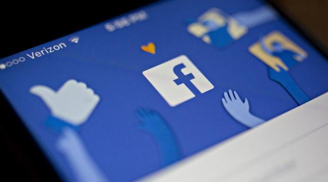facebook bat dau chien dich chong thong tin sai lech trong bau cu my