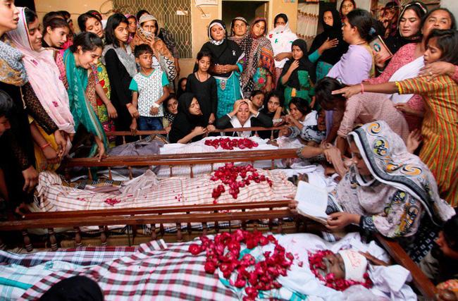 pakistan tai nan xe bus nghiem trong it nhat 54 nguoi thuong vong