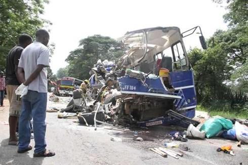 Tai nạn xe buýt kinh hoàng tại Zimbabwe, ít nhất 47 người thiệt mạng