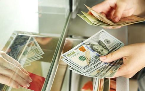 """Tỷ giá USD """"nóng"""" dần nhờ kỳ vọng FED sớm nâng lãi suất"""