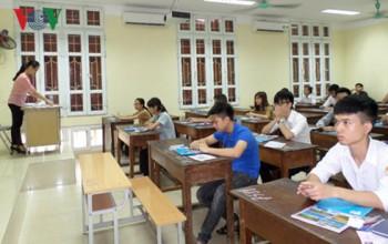 Bỏ điểm sàn đại học: Người dân nghi ngại là có cơ sở