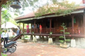 Nơi ở thân sinh Chủ tịch Hồ Chí Minh… mở cửa đón du khách lưu trú