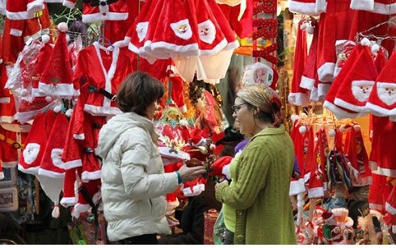 Hàng Việt chiếm ưu thế trên thị trường sản phẩm trang trí Giáng sinh