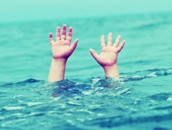 Bé trai 2 tuổi đuối nước thương tâm trong giờ học tại trường mầm non