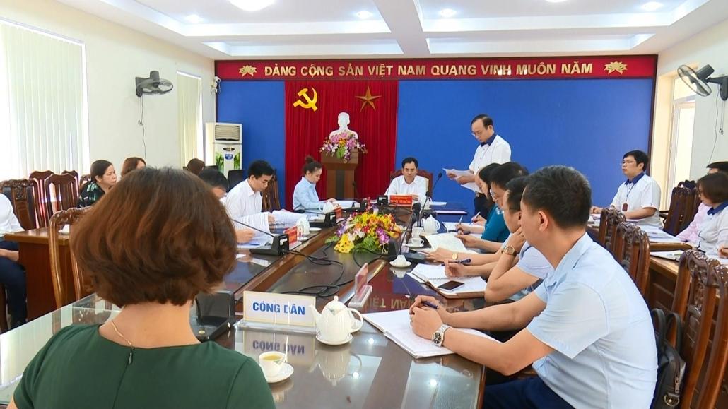 Lãnh đạo tỉnh giải quyết chế độ đối với viên chức