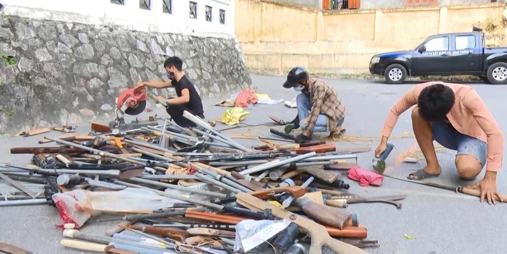 TP Thái Nguyên: Tiêu hủy 138 vũ khí, vật liệu nổ, công cụ hỗ trợ