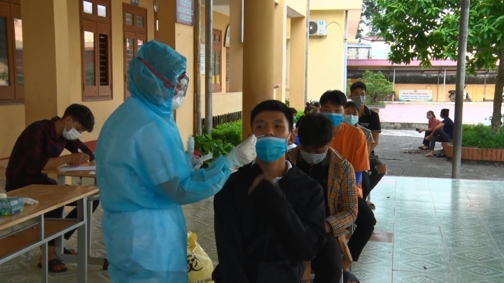 Đẩy nhanh tiến độ lấy mẫu xét nghiệm SARS-CoV-2