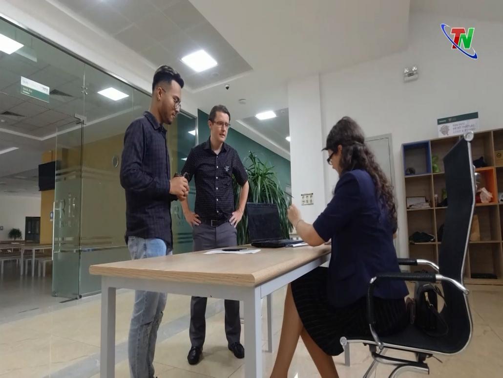 Học Tiếng Anh qua truyền hình - Tiếng Anh giao tiếp công việc (Bài 16)