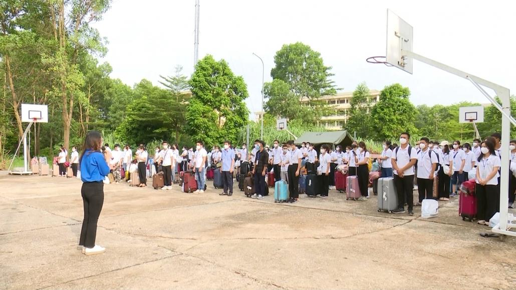 Đón đoàn tình nguyện viên y tế trở về từ TP Hồ Chí Minh