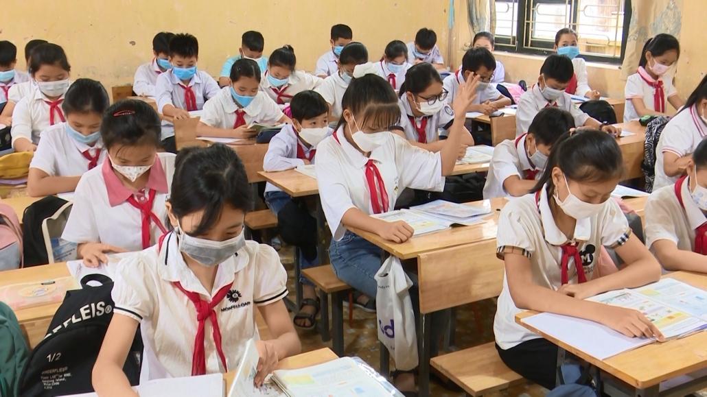 Tạo điều kiện học tập cho các học sinh chưa thể trở về địa phương do dịch COVID-19