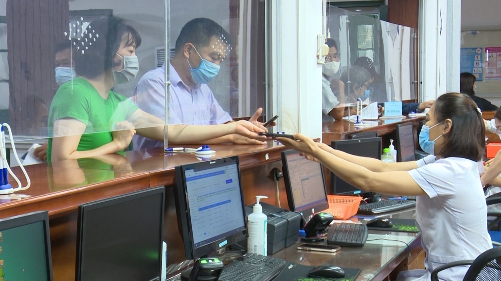 Thực hiện BHYT toàn dân góp phần nâng cao sức khỏe, đẩy lùi dịch bệnh Covid-19