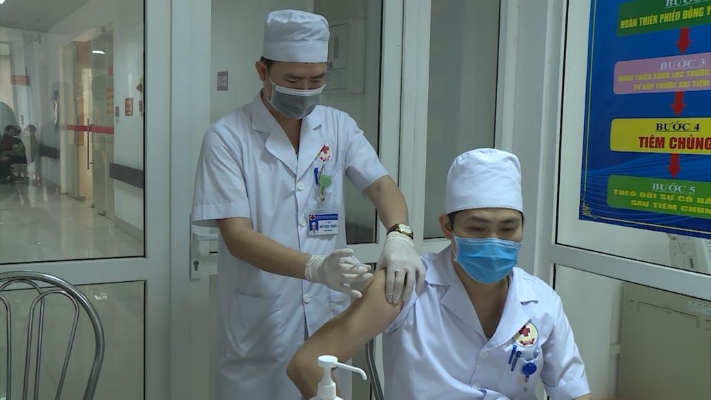 Thái Nguyên triển khai chiến dịch tiêm phòng vắc xin COVID-19 (Đợt 1)