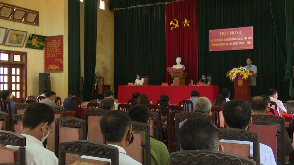 Tiếp xúc giữa cử tri các địa phương với ứng cử viên HĐND tỉnh khóa XIV