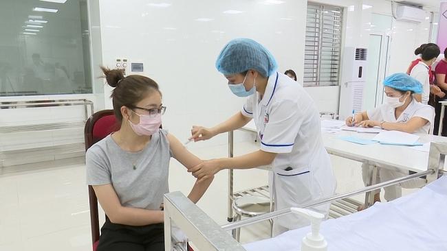 Thái Nguyên: Triển khai tiêm 17.400 liều vắc xin COVID-19 đợt 2, năm 2021