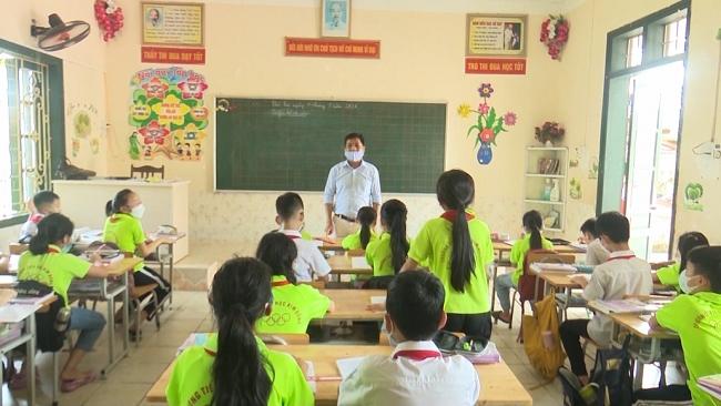 Tạo mọi điều kiện cho học sinh được tới trường