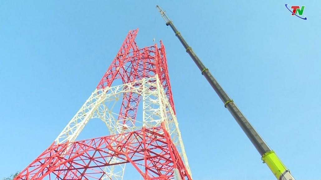 Lãnh đạo tỉnh kiểm tra tiến độ xây dựng công trình tháp Ăng ten Truyền hình